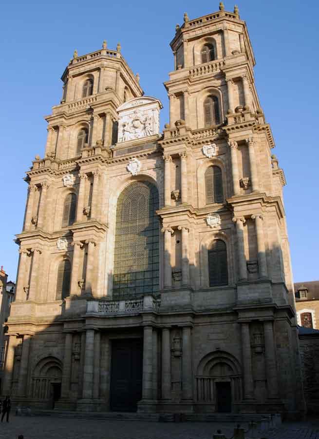 """Résultat de recherche d'images pour """"cathédrale saint pierre rennes"""""""